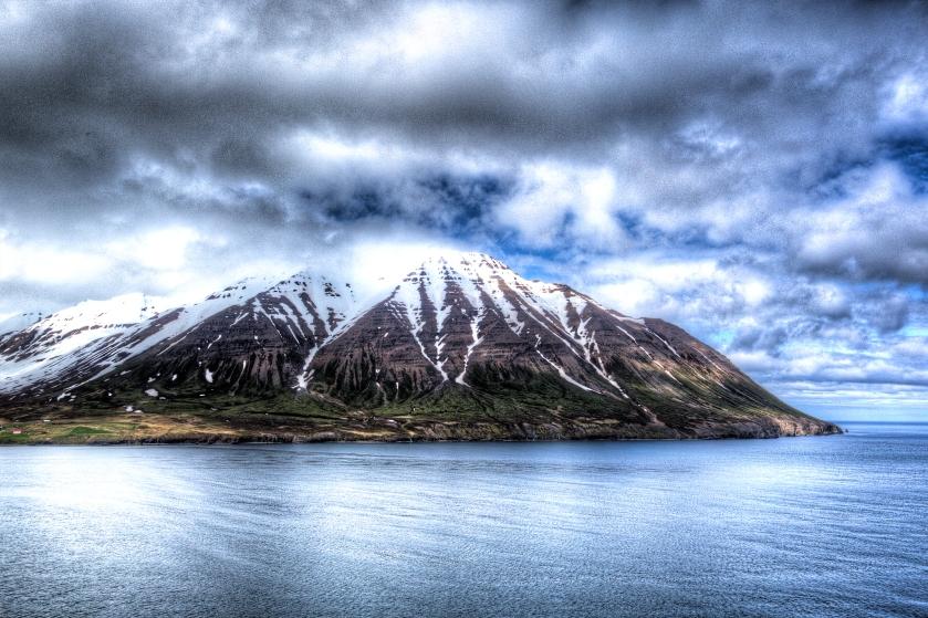 20150618-Olavsfjordur_57A1794_5_6_tonemapped-2x3