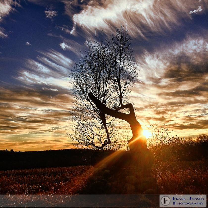 yt-2014-12-30-07.47.47-HDR-1-Sunrise-Streaks