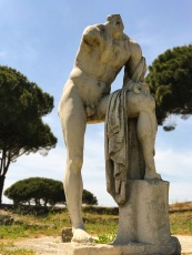 Hercules hanging