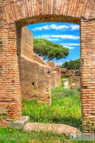 Enter the house in Ostia Antica