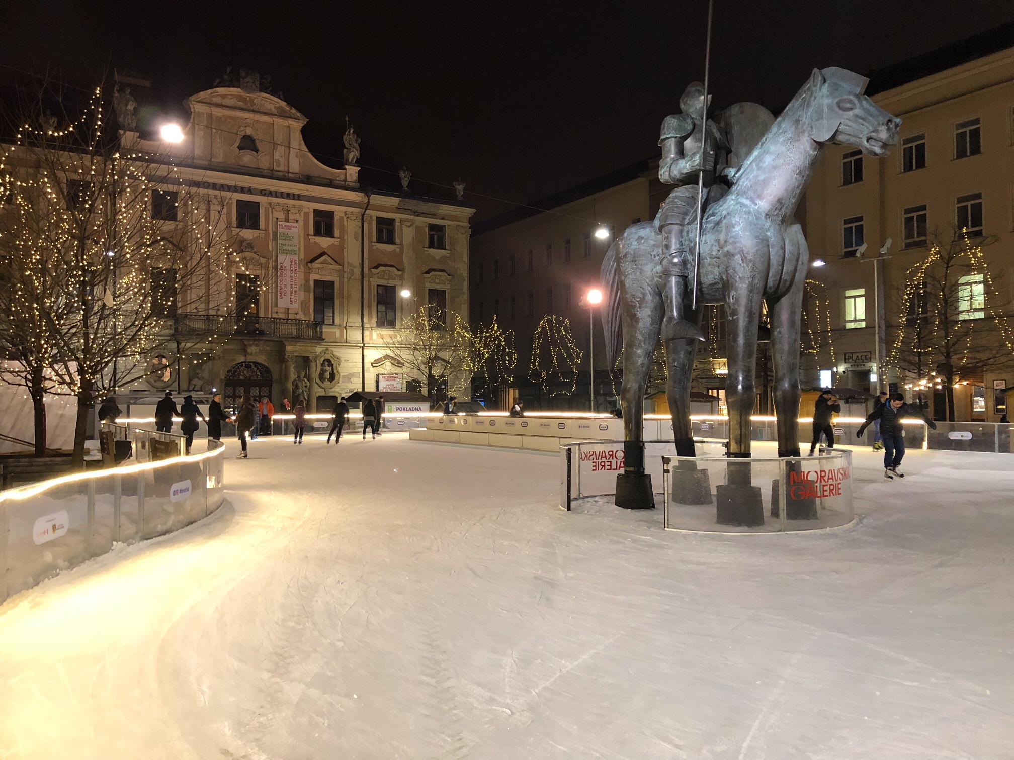 Skating in Brno